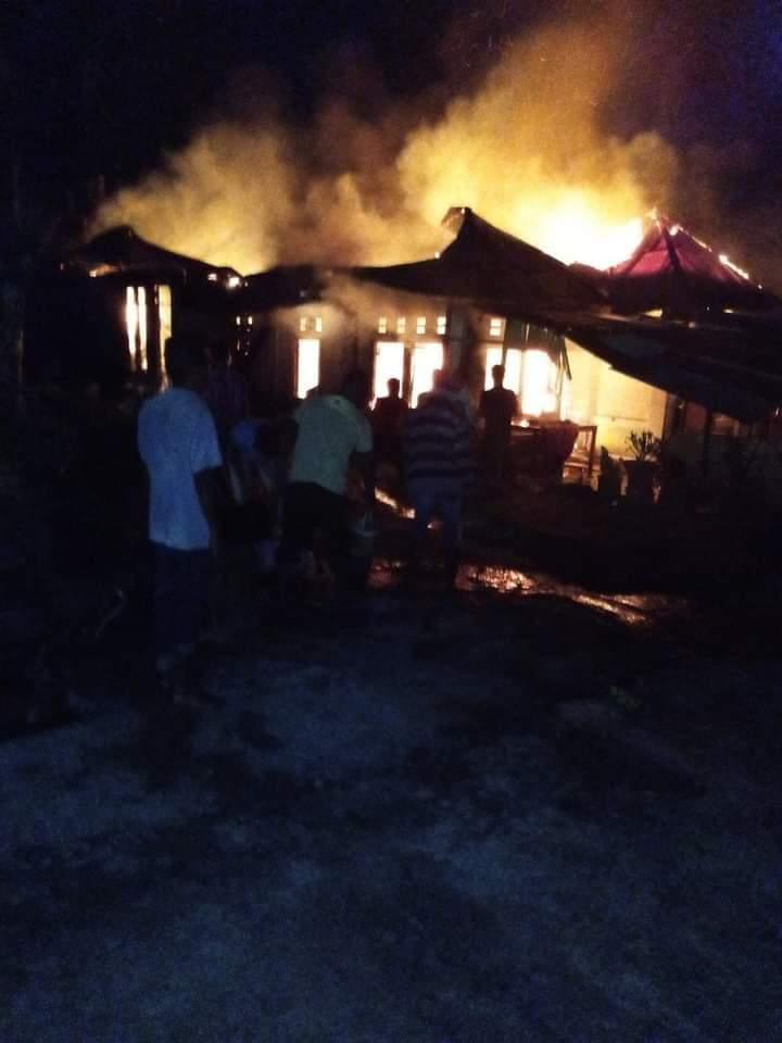 Kebakaran landa satu unit rumah di Tanjung Raya