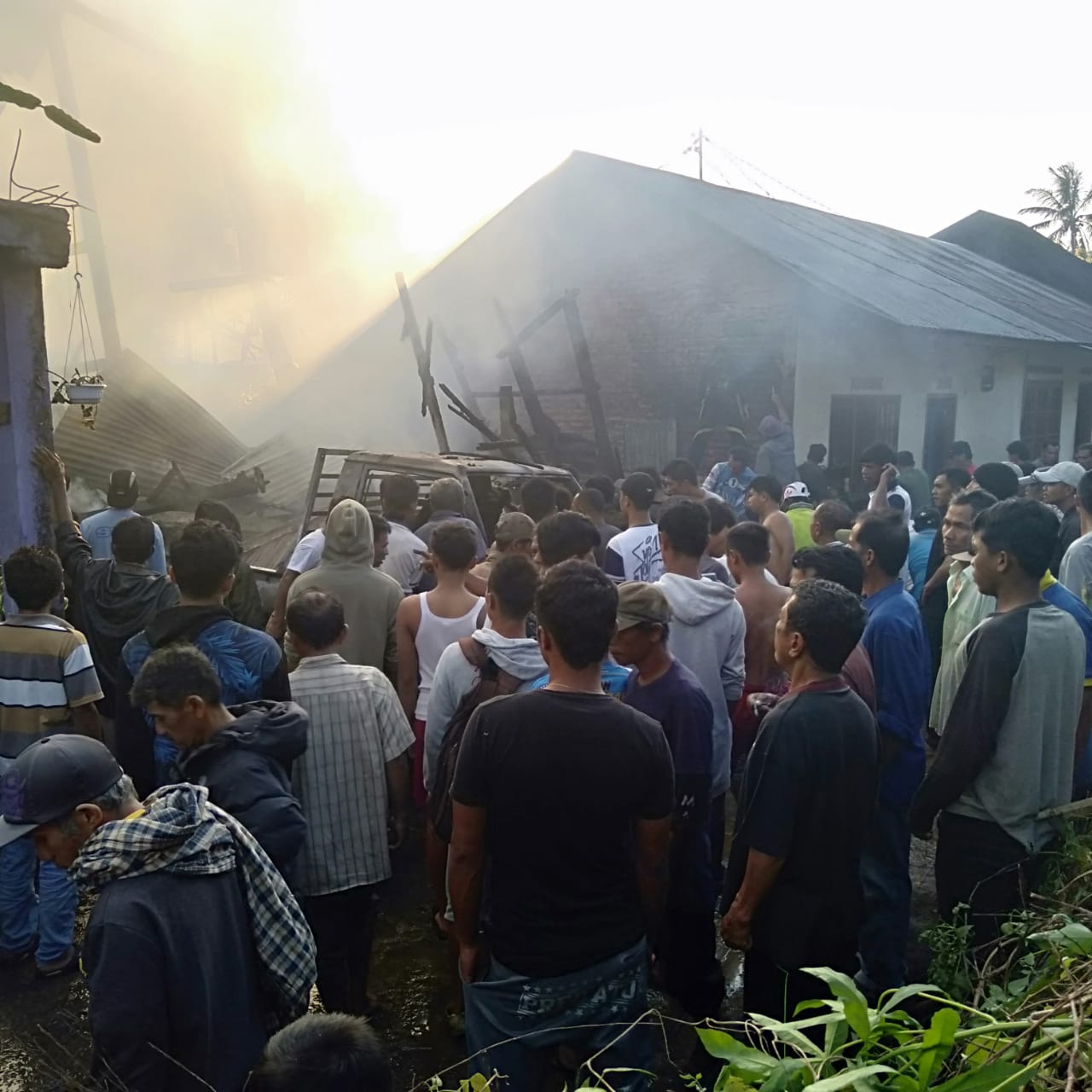 Kebakaran Satu Unit Heler di Sungai Puar Palembayan