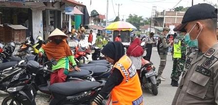 Sebanyak 19 Pelanggar Prokes Terjaring Tim Terpadu Di Pasar Lasi Canduang