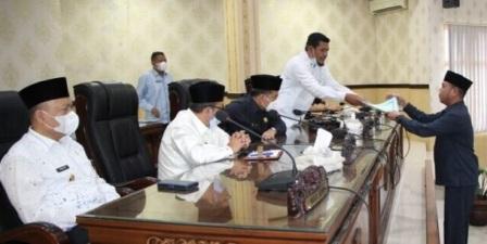 Sidang Paripurna Fraksi DPRD Agam sampaikan Pandangan Umum RTRW