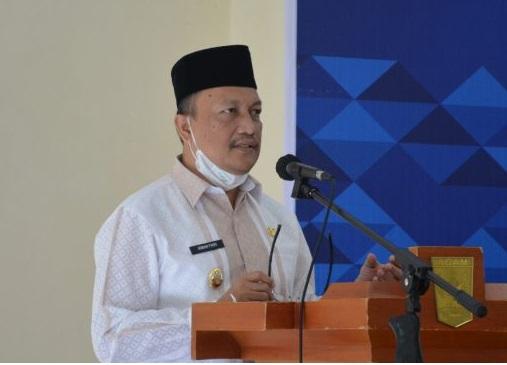 Wakil Bupati Agam membuka sosialisasi penempatan kerja