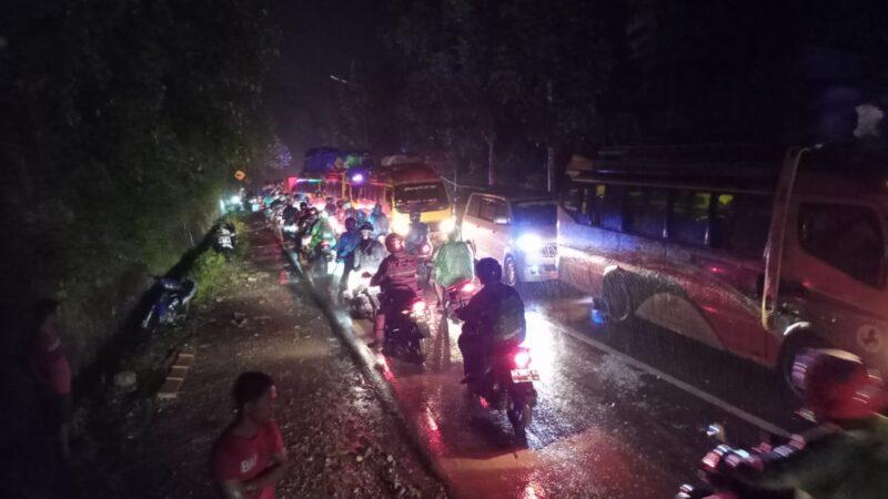Akses Jalan Lubuk Basung-Bukittinggi di Kawasan Ngungun Tanjung Sani Sudah Bisa Dilalui