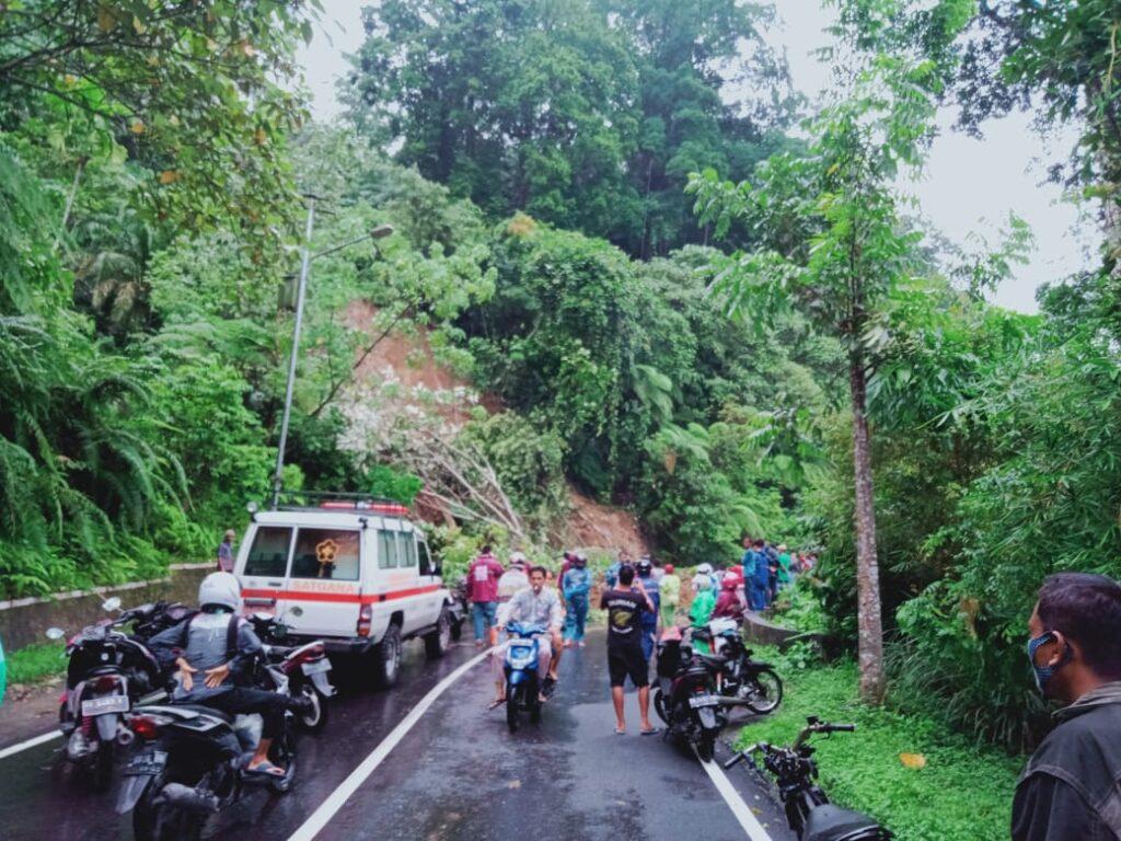 Lonsor di Ngungun Lubuk Sao Nagari Tanjung Sani, Jalan Provinsi tersekat
