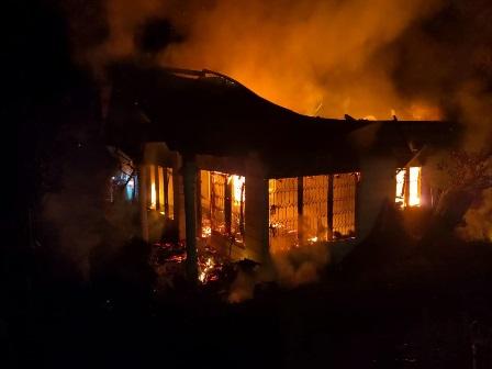 Sigulambai Hancurkan Satu Unit Rumah Permanen Di Kubang Putiah